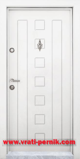 Блиндирана входна врата, модел T-712 Бял
